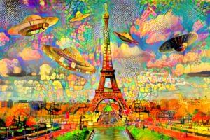 UFO OVER EIFFEL TOWER PARIS